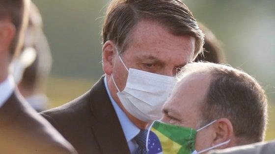 Brasile, l'estrema destra preme su Bolsonaro per una svolta autoritaria