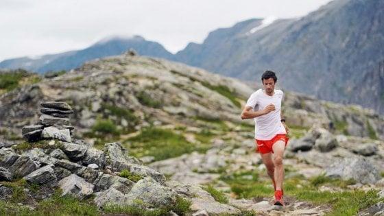 """Maratona virtuale, in oltre 100mila hanno corso la staffetta. """"Tapascioni"""" al fianco di Kipchoge e Kilian Jornet"""