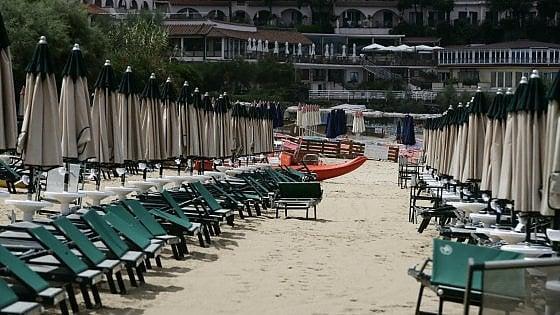 Vacanze. Solo 1 italiano su 20 ha prenotato, 1 su 2 non le farà. A casa più per paura che per ristrettezze economiche