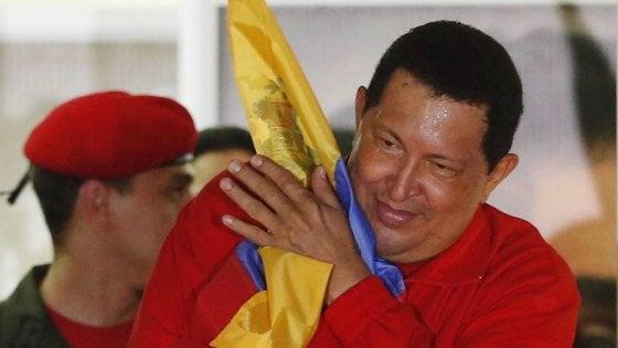 """Il quotidiano spagnolo ABC: """"Il governo di Chavez finanziò il M5S con 3,5 milioni nel 2010"""". Caracas: """"Il documento è un falso"""""""