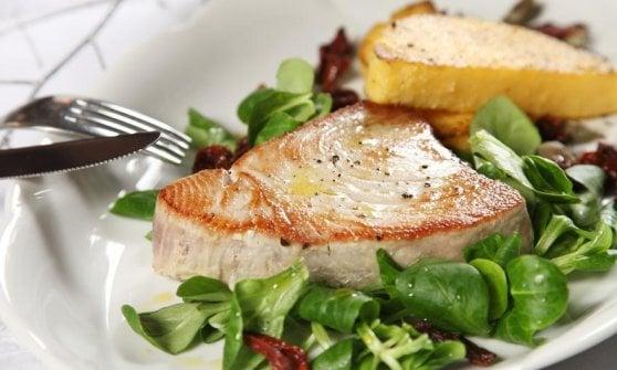 Dal pesce spada al branzino al sale: i migliori secondi di pesce