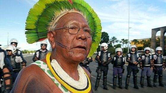 Muore di coronavirus il capo indigeno Paulinho Paiakan, una vita per l'Amazzonia