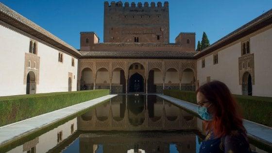 Granada. Riapre Alhambra, il simbolo dell'arte moresca: 1000 visitatori nel primo giorno