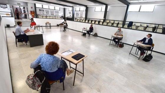 Scuola, Ocse-Pisa: insegnanti italiani in ritardo sulla tecnologia