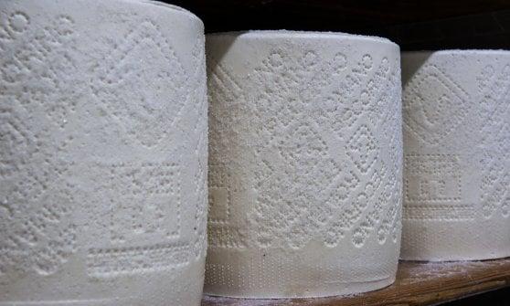 Auguri al Pecorino romano, formaggio principe di cacio e pepe, gricia e carbonara
