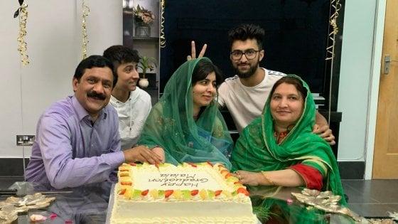 131358032 6b48ee59 8bcd 4ce1 bbc6 92908d39475e - Malala Yousufzai sulla copertina britannica di Vogue