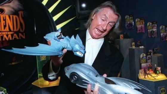 Addio a Joel Schumacher, ha diretto due capitoli della saga di Batman e 'Ragazzi perduti'