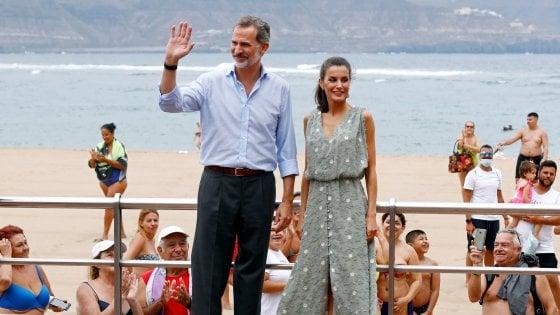 """Spagna, nell'ultimo scandalo reale spunta anche un """"fratello"""" di re Juan Carlos"""