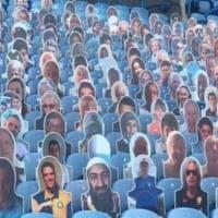 Leeds, cartonati sulle tribune: ma spunta il volto di Bin Laden