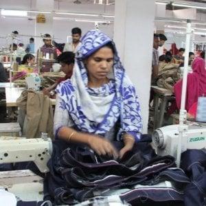 Abiti puliti,  la nuova piattaforma on line per far luce sullo sfruttamento del lavoro nell'industria tessile
