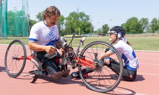 """Coraggiosi, resilienti, amanti delle sfide: gli atleti di """"Obiettivo 3"""" incarnano lo spirito di Zanardi"""