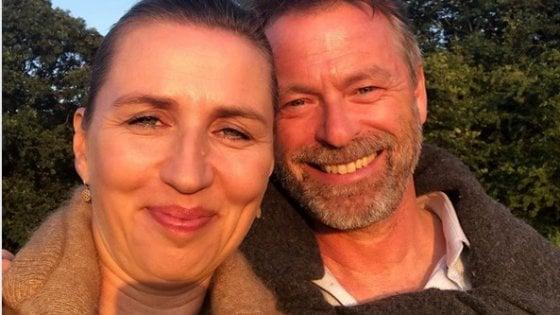"""Danimarca, la premier costretta a rimandare le nozze (per la terza volta): """"Ma il mio Bo è un uomo paziente"""""""