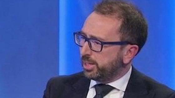 """Polemica Salvini-Bonafede. Il leghista: """"Presto altri ex 5Stelle al Carroccio"""". Il ministro: """"Sono traditori"""""""