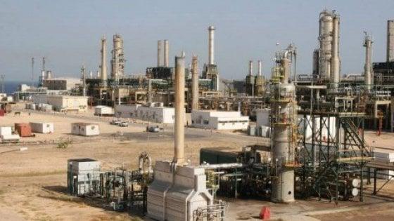 Libia, decine di mercenari russi nei pozzi petroliferi della Noc
