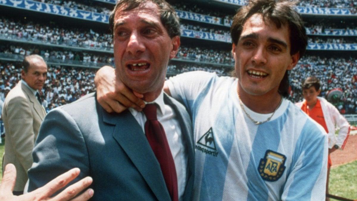 Argentina, positivo al Covid Bilardo: è stato il ct del Mondiale di Maradona
