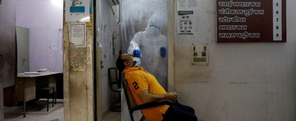 Coronavirus nel mondo, verso i 10 milioni di positivi. E ora Trump teme il contagio