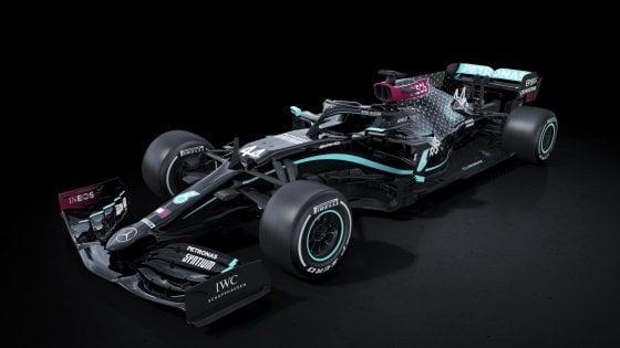 Formula 1, la Mercedes 2020 diventa nera contro il razzismo