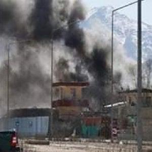 """Afghanistan, dallo staff di Emergency: """"Razzi sul mercato di Sangin, almeno 23 le vittime, la provincia di Helmand è una polveriera"""""""