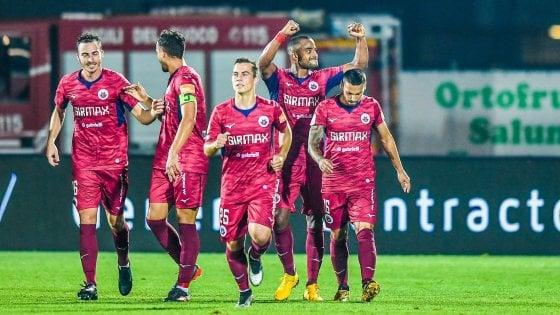 Serie B: nella notte del Benevento il Crotone frena ad Ascoli, E il Cittadella lo aggancia al secondo posto