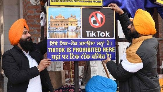 Tensione con la Cina, l'India mette al bando TikTok