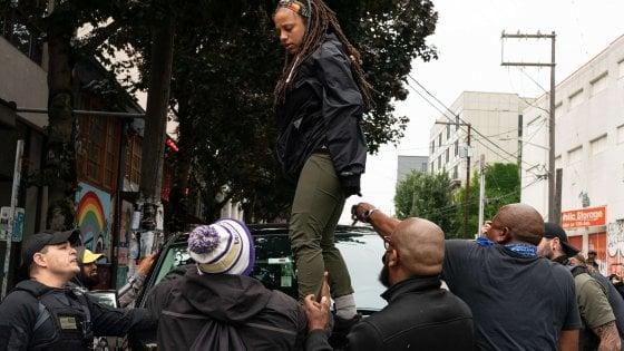 Seattle, sparatoria con un teenager morto e uno gravissimo nella zona occupata dai manifestanti antirazzisti