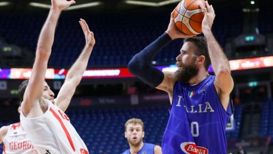 """Basket, Milano ufficializza Datome: """"Felice di essere qui"""""""