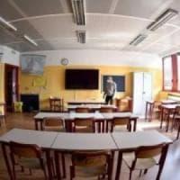 """Scuola, Azzolina: """"Migliaia di docenti torneranno vicino a casa e altri verranno assunti..."""