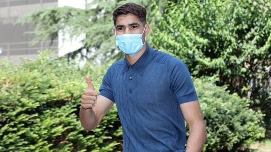 Inter, arriva Hakimi: visite mediche e firma