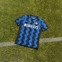 Inter, ecco la nuova maglia: le strisce sono a zig zag