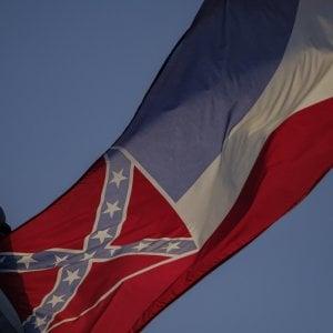 Razzismo: svolta in Mississippi, via la bandiera storica