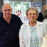 Usa, 53 anni di matrimonio e la morte per Covid mano nella mano