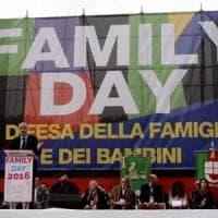 """Omotransfobia, contrario il popolo del family day. Salvini: """"Legge pericolosa"""". Arcigay:..."""