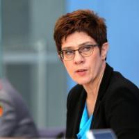 Germania, dopo lo scandalo dei soldati neonazi Berlino riforma le squadre speciali