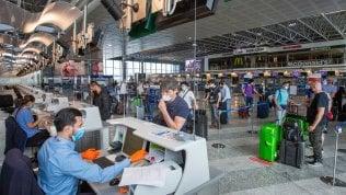 Viaggi e Covid: la Ue mette l'Italia in procedura d'infrazione per i voucher al posto dei rimborsi Viaggi da e per l'estero, domande e risposte