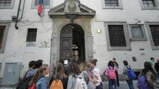 """""""Ero ricercatore di filosofia in Francia, l'Italia mi vuole solo come bidello""""Scriveteci le vostre storie a dietrolalavagna@repubblica.it"""