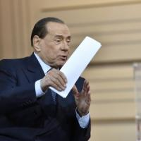 """La Lega attacca Berlusconi: """"Una nuova maggioranza contro la crisi? No, subito elezioni"""""""