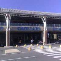Sardegna, turisti americani bloccati in aeroporto e fatti ripartire