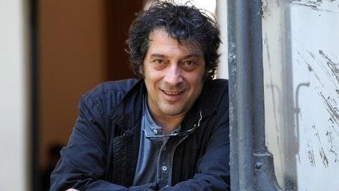 """Premio Strega, la seconda volta di Sandro Veronesi: vince la 74esima edizione con """"Il colibrì"""" davanti a Carofiglio e Parrella"""