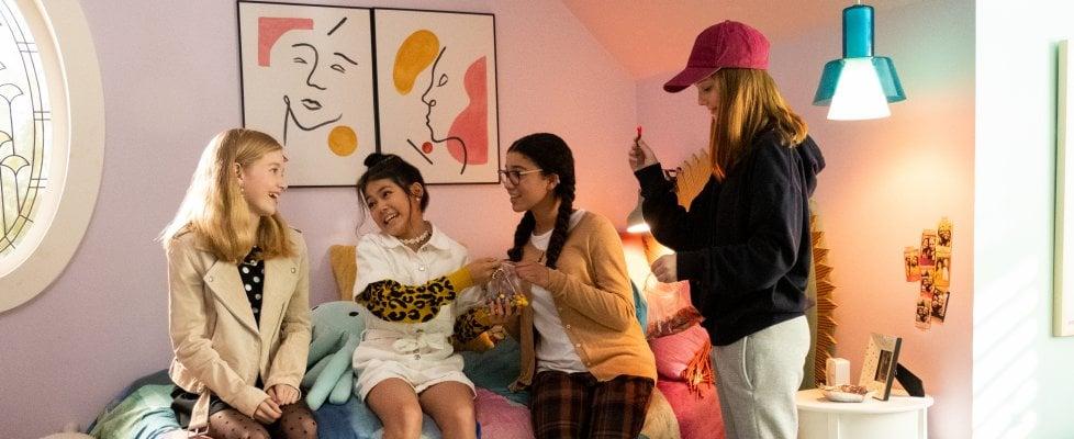 'Il club delle babysitter', piccoli a cui badare e le sfide dell'adolescenza