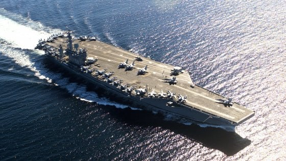 Giochi di guerra nel Mar cinese, gli Usa inviano due portaerei