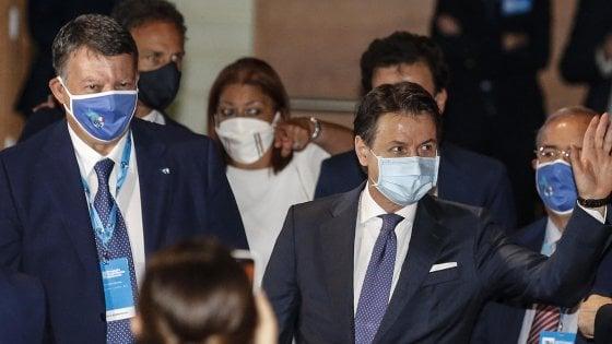 """Decreto Rilancio, Pa in smartworking fino a fine anno. Fisco, Conte: """"Riparte il tavolo per la riforma"""""""