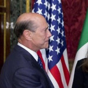"""L'ambasciatore Usa a Roma: """"Grazie agli operatori sanitari dello Spallanzani"""""""
