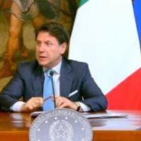 """M5s, Casaleggio a Palazzo Chigi per incontrare Conte. Il premier: """"Sulle Regionali non..."""
