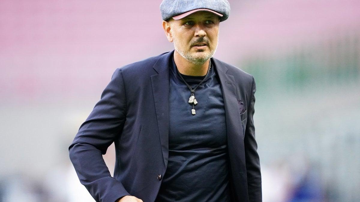 """Bologna, Mihajlovic contro Sky e Caressa: """"Quel piccolino marito della Parodi non ha parlato di noi, sembrava Inter channel"""""""