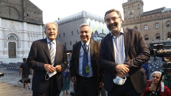 """Prodi e l'apertura a Berlusconi, Fi: """"Atto di coraggio politico"""". Il leader azzurro: """"Collaborazione ma nessun sostegno a Conte"""""""