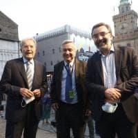 """Prodi e l'apertura a Berlusconi, Fi: """"Atto di coraggio politico"""". Il leader azzurro:..."""