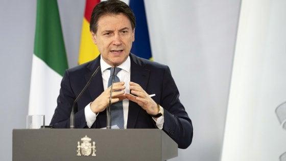 """Recovery fund, Conte avverte il premier Rutte: """"Dirò che abbiamo fretta o salta anche l'Olanda"""""""