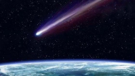 Cometa ed eclissi, le notti di luglio con il naso all'insù