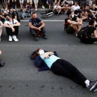 Serbia, nuove proteste antigovernative nonostante il divieto di assembramenti