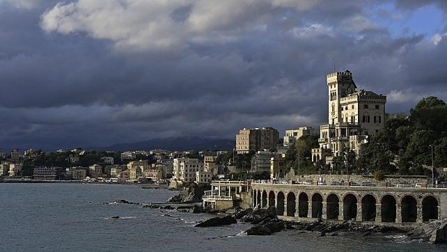 Genova, ripartenza tra balletti e teatro